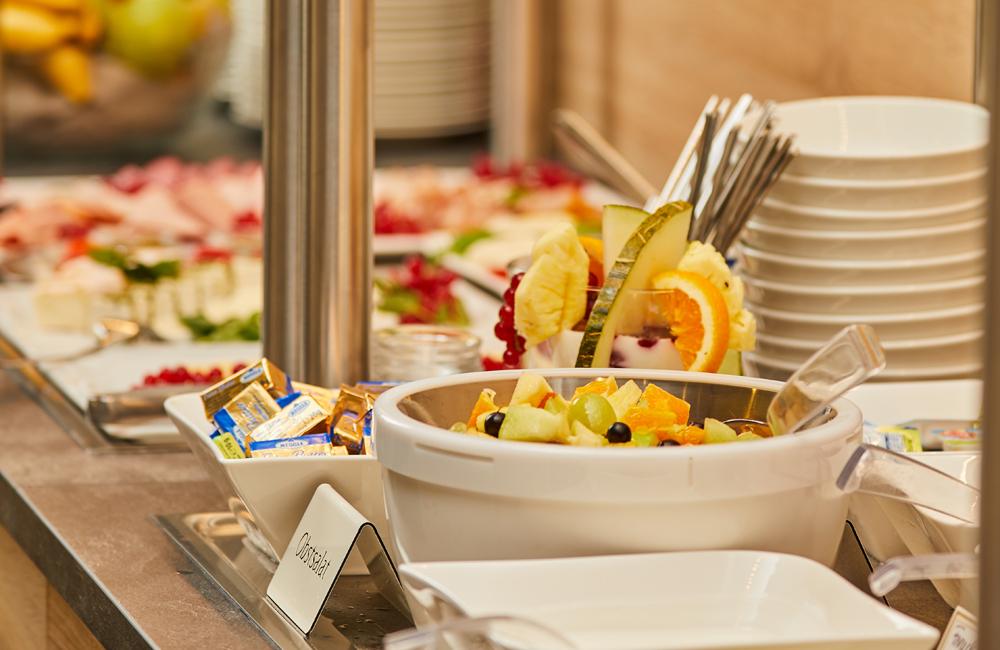 Obst-Fruehstuecksbuffet